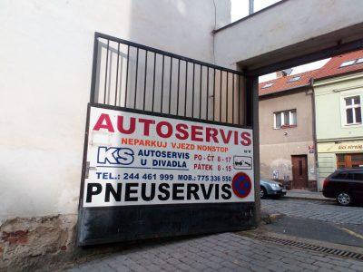 KS AUTOSERVIS U DIVADLA