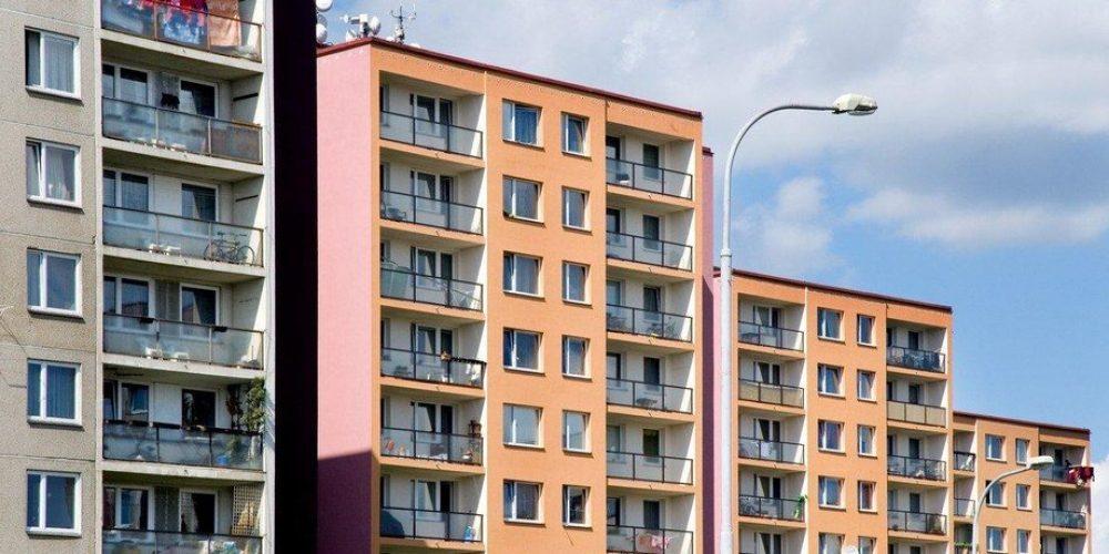 Nabídková cena pražských bytů stoupá. Průměrně činí skoro 108 tisíc za m2