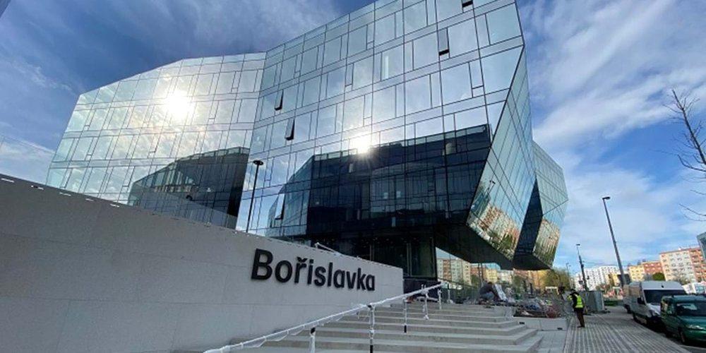 Centrum ve tvaru krystalů na Bořislavce otevírá