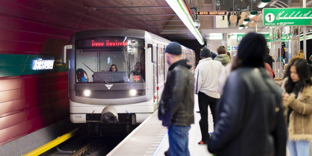Metro ode dneška bude jezdit opět do půlnoci